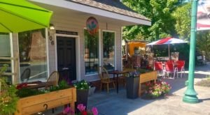 Dine On Gourmet Food In A Beautiful Setting At Upper Crust Weston In Oregon