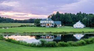 There's A Virginia Inn Inspired By Thoreau's Walden And You'll Want To Book Your Getaway