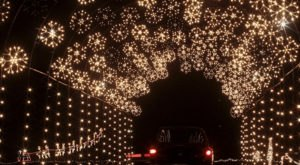 Rhode Island's Enchanting Holiday Light Show Drive Thru Is Sure To Delight