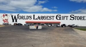 The World's Largest Gift Shop Is Right Here In Missouri And You'll Want To Plan Your Visit