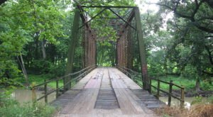 One Of The Most Haunted Bridges In Illinois, Airtight Bridge Has Been Around Since 1914