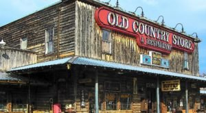 Visit Brooks Shaw's Old Country Store, The Small Town Diner In Tennessee That's Been Around Since The 1960s