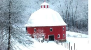 One Of Only Three 16-Sided Barns In The U.S. Is Right Here In Ohio