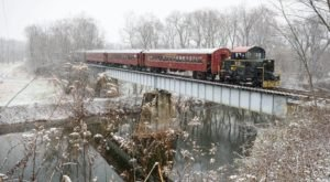Watch The Maryland Countryside Whirl By On This Unforgettable Christmas Train