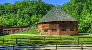 One Of The Only 16-Sided Barns In The U.S. Is Right Here In Virginia