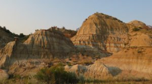 The Story Of How North Dakota's Painted Canyons Were Formed Is Downright Fascinating