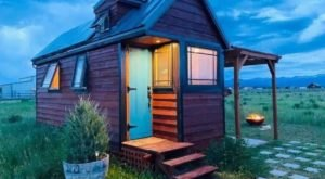 Get Cozy With A Weekend Getaway In This Charming Tiny House In Idaho