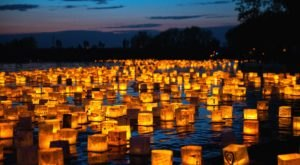 A Water Lantern Festival Will Be Coming To Mississippi In 2021 And You Can Reserve Your Tickets Now