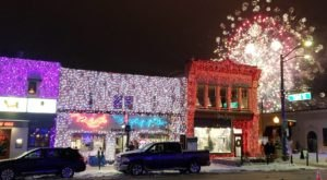 The Twinkliest Town In Michigan Will Make Your Holiday Season Merry And Bright