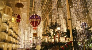 Celebrate A Country Christmas Your Whole Family Will Enjoy When You Visit The Gaylord Opryland Resort In Nashville
