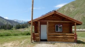 Stay In This Cozy Little Creekside Cabin In Wyoming For Less Than $100 Per Night