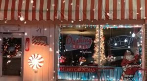 Dashing Diner Just Might Be The Most Festive Restaurant In Ohio During The Holiday Season