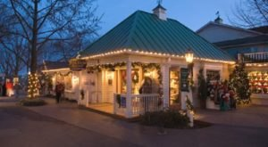Meet Santa & Mrs. Claus On This Festive Family Tasting Tour In Pennsylvania