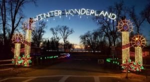 South Dakota's Enchanting Watertown Winter Wonderland Holiday Drive-Thru Is Sure To Delight