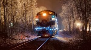 Watch The Indiana Countryside Whirl By On This Unforgettable Christmas Train