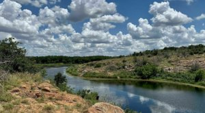Embark On An Epic 6-mile Trail In Oklahoma That Features A Lake, River And Rocks