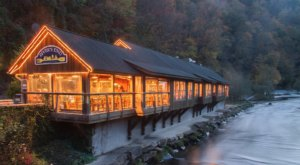The River Views From River's End Restaurant In North Carolina Are As Praiseworthy As The Food