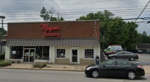The Best Breakfast Sandwiches And Donuts Are Hiding In Magee's Bakery In Kentucky