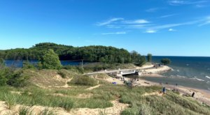 There's A Must-See Scenic Drive Connecting Duck Lake And Muskegon State Parks In Michigan