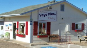 Place Your Thanksgiving Pie Order At Veyo Pies In Utah Before It's Too Late