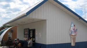 McTwist Is A Tiny, Old-School Drive-In That Might Be One Of The Best Kept Secrets In North Dakota