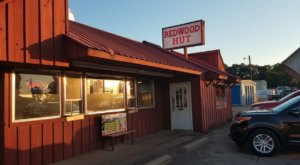 Taste Some Of The Best Roadside Barbecue Tennessee Has To Offer When You Visit The Redwood Hut