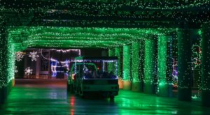 New Hampshire's Enchanting 2.5-Mile Gift Of Lights  Holiday Drive-Thru Is Sure To Delight