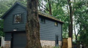 There's A Treehouse By The Sea In Rhode Island Where You Can Spend The Night