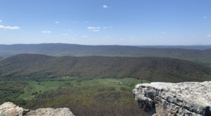 Hanging Rock Overlook Trail In Virginia Is A Short Mountain Trek With A Huge Payoff