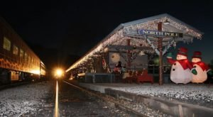 Sip Hot Chocolate And Visit Santa Claus On The North Pole Limited Christmas Train Excursion In Tennessee