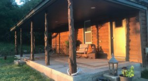 Have A Whole Modern Cabin To Yourself In Uniontown, Kansas For A Scenic Small Town Stay