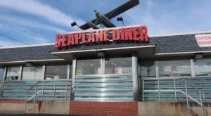 Visit Seaplane Diner, The Small Town Diner In Rhode Island That's Been Around Since The 1950s