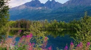 Take An Easy Loop Trail Past Some Of The Prettiest Scenery In Alaska On The Reflections Lake Trail
