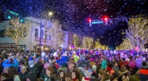 Mark Your Calendar For Alabama's Annual Fairhope Tree Lighting Celebration