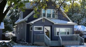 "Start Your Adventure In Kansas' ""Little Sweden"" At The Lavendel House Airbnb"