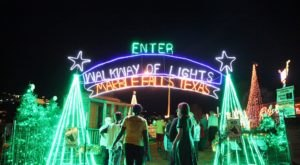 Wander Through 2 Million Holiday Lights For Free At Walkway Of Lights In Texas