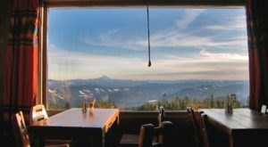 Snuggle Up And Soak In Views Of Mt. Jefferson At Ram's Head Bar In Oregon