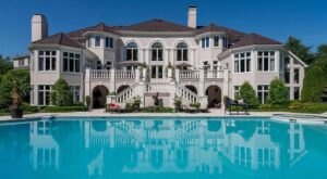 Live Like Royalty With A Stay At The Most Luxurious Rental Home In Kentucky