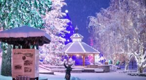 The Twinkliest Town In Washington, Leavenworth, Will Make Your Holidays Merry And Bright