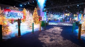 Walk Through All Of Your Favorite Christmas Movies In This Epic Holiday Attraction In Florida