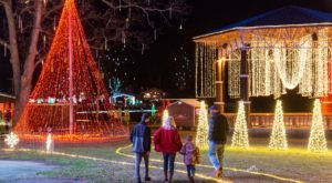 Everyone Should Take This Spectacular Holiday Trail Of Lights In Arkansas This Season