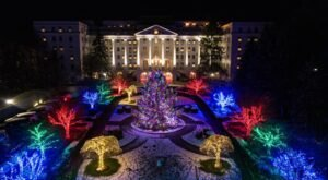 The Greenbrier In West Virginia Gets All Decked Out For Christmas Each Year