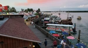 John's Pass Is A Waterfront Attraction In Florida You'll Want To Visit Over And Over Again