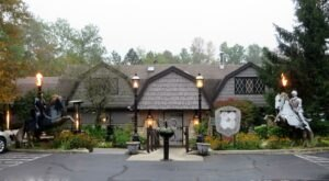 You'll Feel As If You've Travelled Across The Pond When Dining At Wisconsin's English Inn