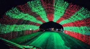The Festival Of Lights In Pennsylvania Is Positively Enchanting