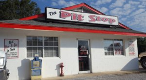 Fill Up On Giant Biscuits At This Tiny Mississippi Eatery