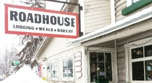 Make Your Winter Magical By Staying In Downtown Talkeetna In This Historic Alaskan Roadhouse