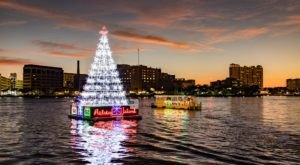 Take To The River This Holiday Season With A River Of Lights Cruise In Florida