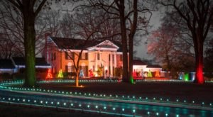 The Christmas Tours At Elvis Presley's Graceland Will Show You Just What It Would Be Like To Have A Holiday With Elvis