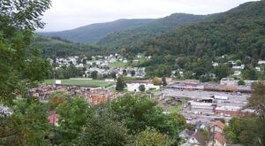 Few People Know The Story Behind The Name Of The West Virginia Town Of Richwood